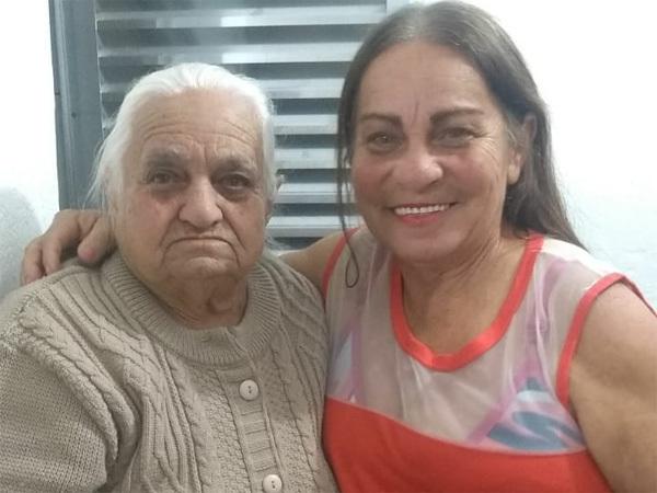 Dona Dalvina e Francisca (mãe e filha).