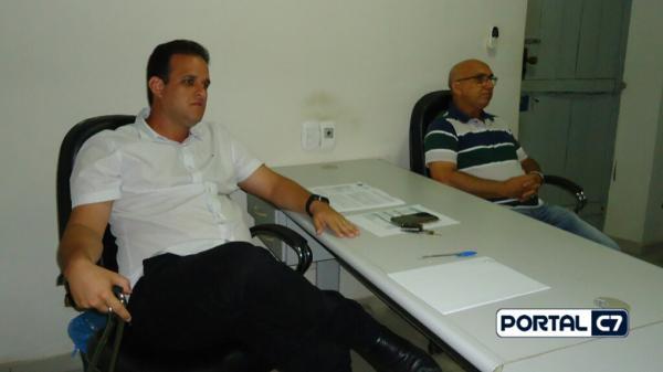 Prefeito Diego Teixeira se reúne com pastores para programação do Dia do Evangélico