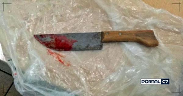 Violência: Pai dá murro em bebê de 5 meses e leva 7 facadas da mulher