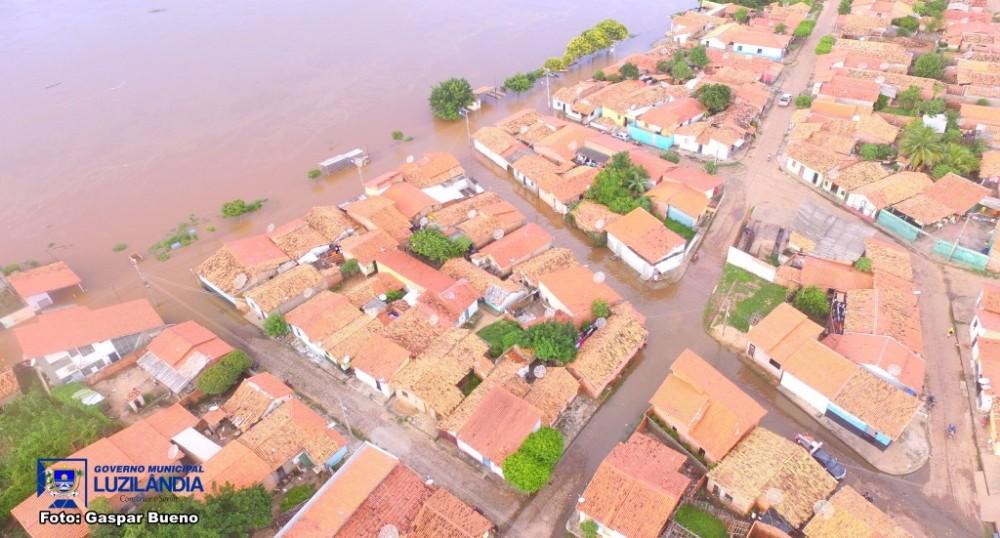 Nível do Rio Parnaíba aumenta e 450 famílias ficam desabrigadas no Piauí
