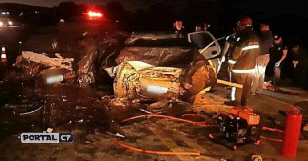 Cinco pessoas morrem e uma fica gravemente ferida em acidente no Norte do RS - Polícia Rodoviária Federal / Divulgação
