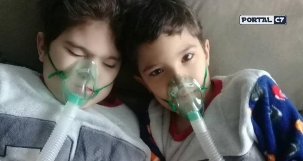 Gêmeos de Teresina aguardam por transplante de pulmão em Porto Alegre