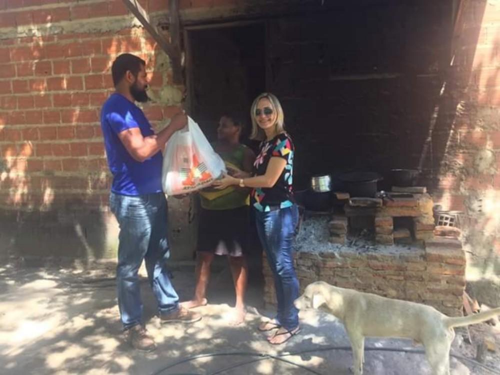 Prefeitura de Amarante continua com doações de Cestas básicas nas Comunidades