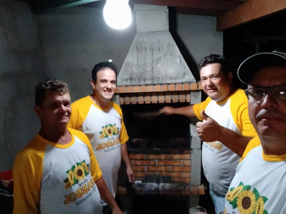 Prefeitura de Amarante realiza final de semana de lazer aos idosos no Litoral do Piauí