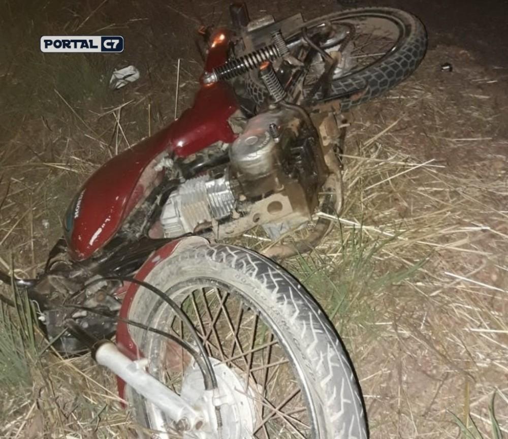 Homem de 39 anos morre ao bater moto em animal em São Pedro do Piauí; esposa e filho ficaram feridos