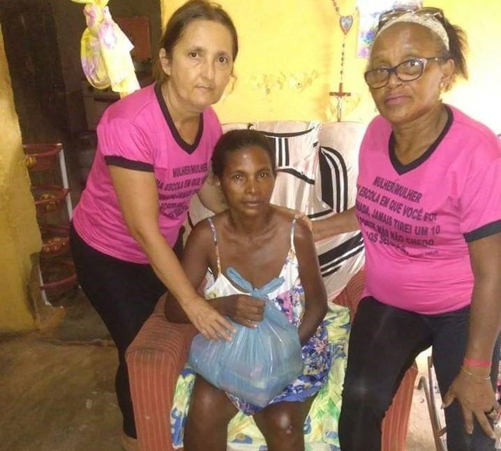 Regeneração: Criança recém-nascida precisa urgentemente de ajuda para tratamento de saúde