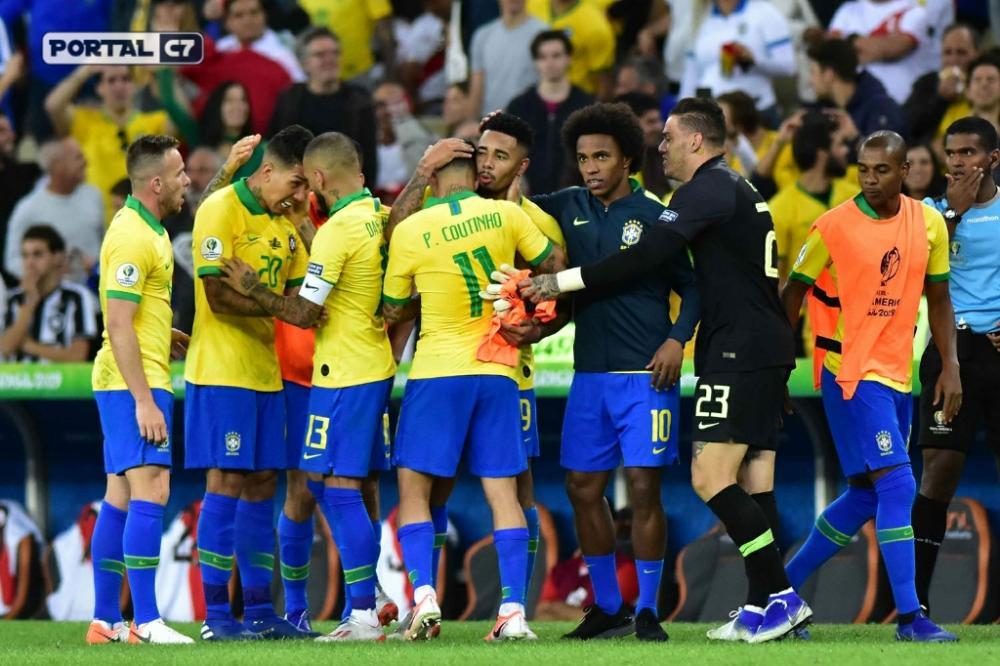 Foto: Eduardo Camim/Agência O Dia/Estadão Conteúdo - Seleção brasileira