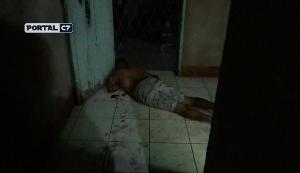 Jovem é executado a tiros em sua residência na zona Norte de Teresina