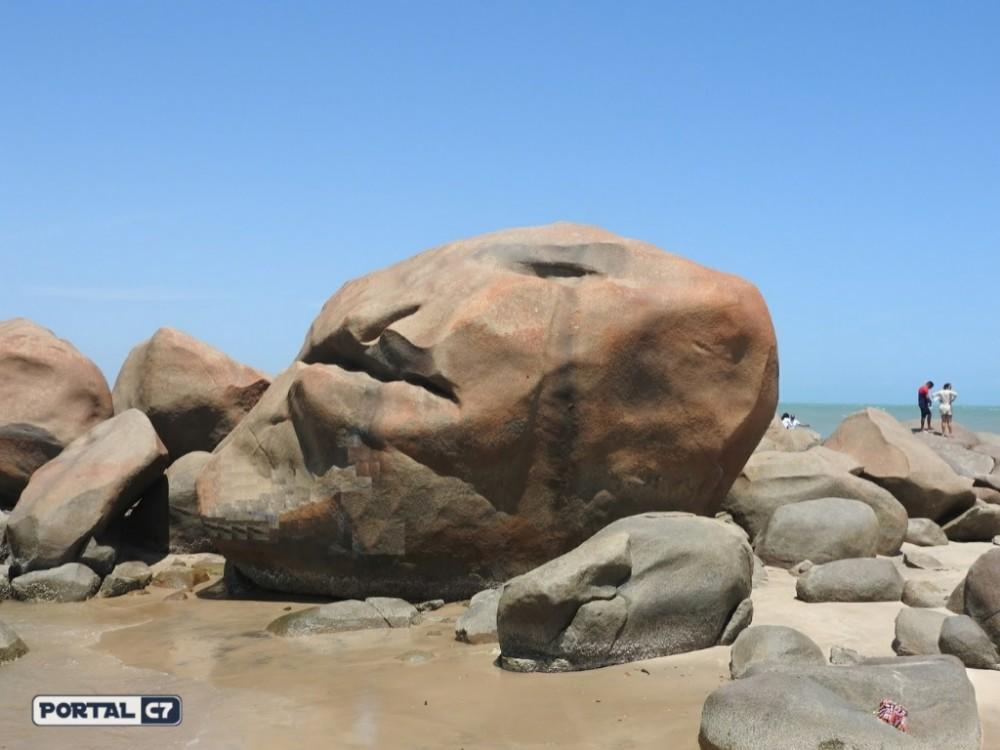 Cercada de mistério, Pedra da Caveira alerta para o perigo da morte no Piauí