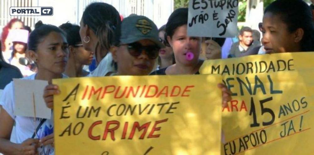 Após ex-aluno ejacular no rosto de professora, moradores fazem protesto no Maranhão