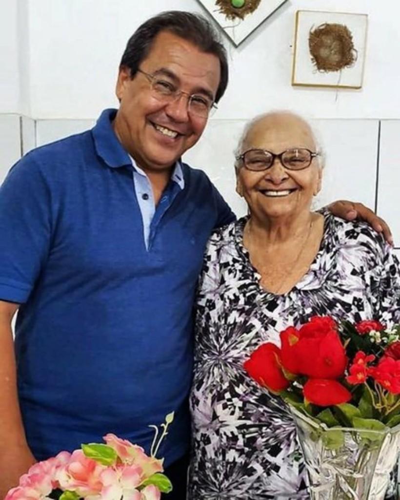 Mãe do prefeito de Água Branca, Jonas Moura, morre aos 92 anos