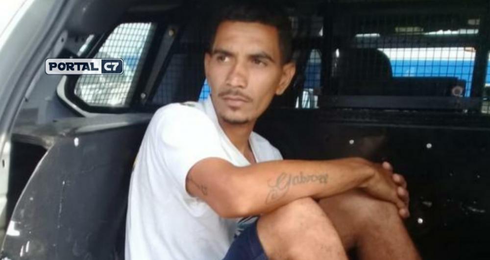 Natanael Lopes Fernandes, de 27 anos, se entregou a polícia na manhã desta quarta-feira (21) e confessou ter matado Ideneide por ciúmes — Foto: Domingos Ribeiro/ Rádio Mirante AM