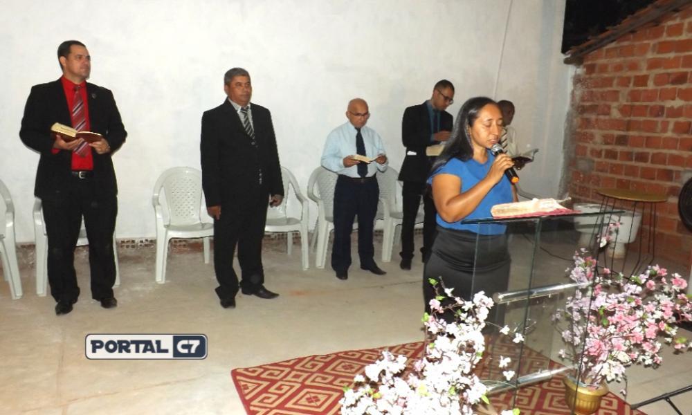 Congresso da Igreja Assembléia de Deus Madureira de Amarante em adoração ao Senhor