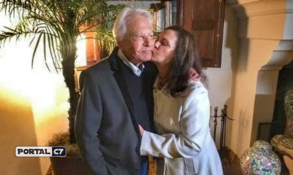 Cid Moreira e a mulher Fátima Sampaio (Imagem: Rafael Godinho)