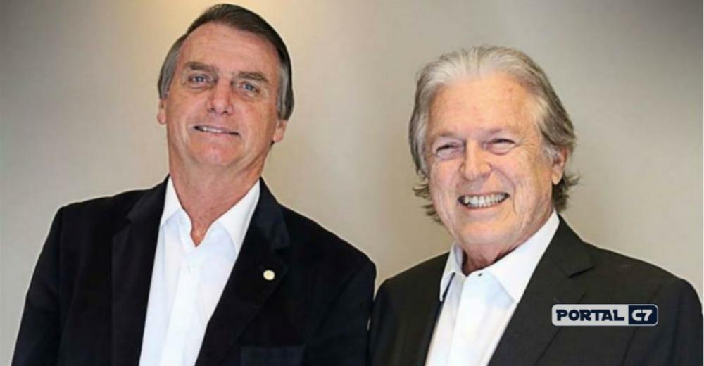 Bivar ao lado de Bolsonaro - Foto : reprodução