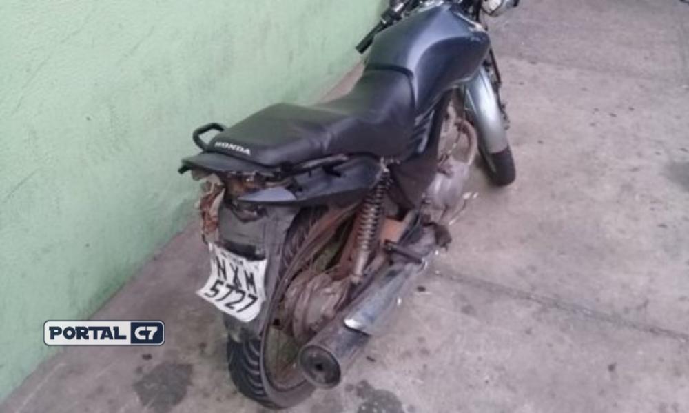 Foto: Divulgação/PM-PI - Moto utilizada nos assaltos