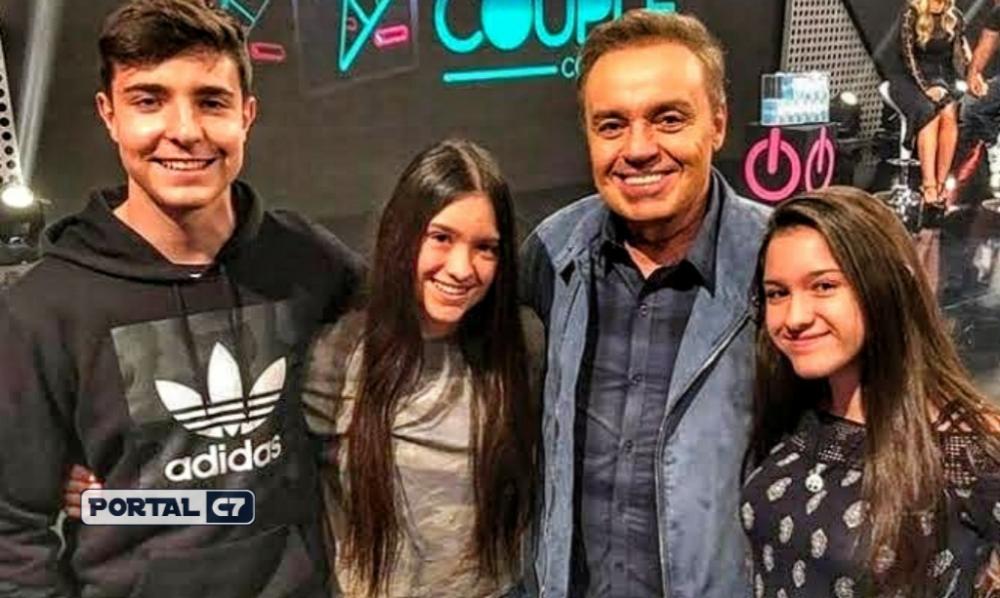 Gugu Liberato com a família