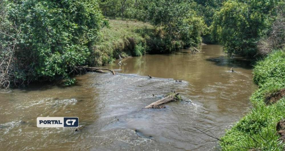 Criança de 2 anos morre afogada em açude no norte do Piauí