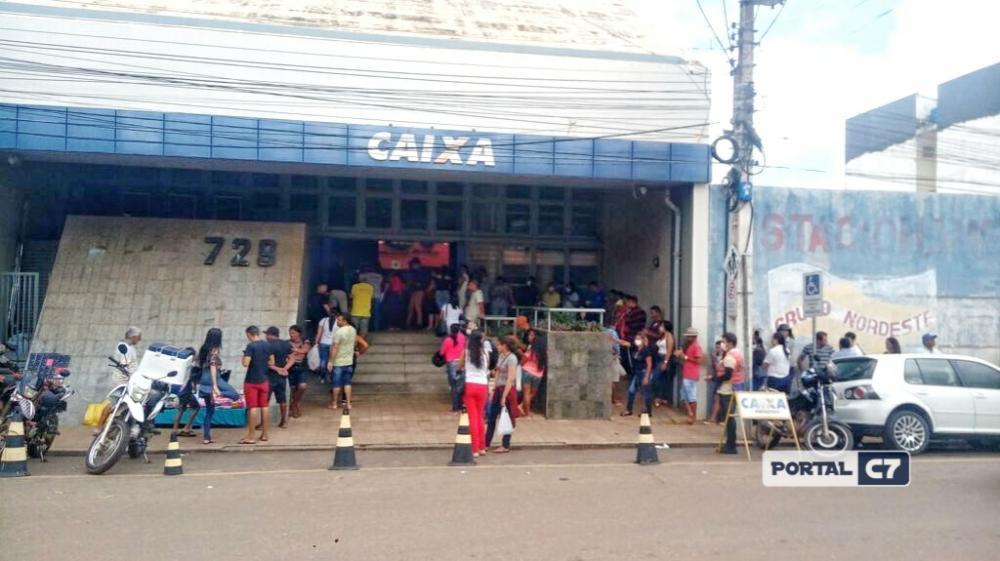 Homem vai ao banco sacar auxílio com esposa e desaparece no interior do Piauí