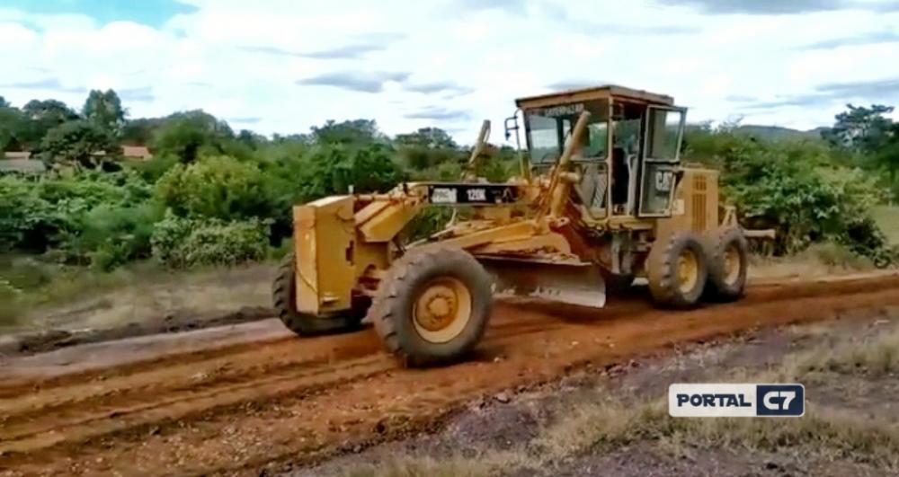 Prefeitura Municipal de Amarante inicia serviço de recuperação de estradas vicinais