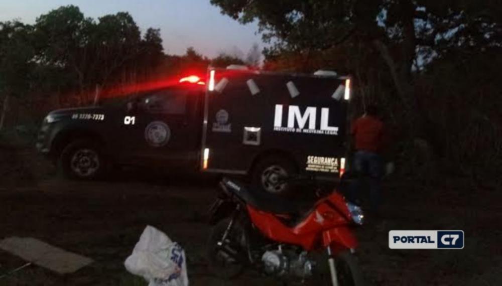 Casal é assassinado a tiros na porta de casa em município do Piauí