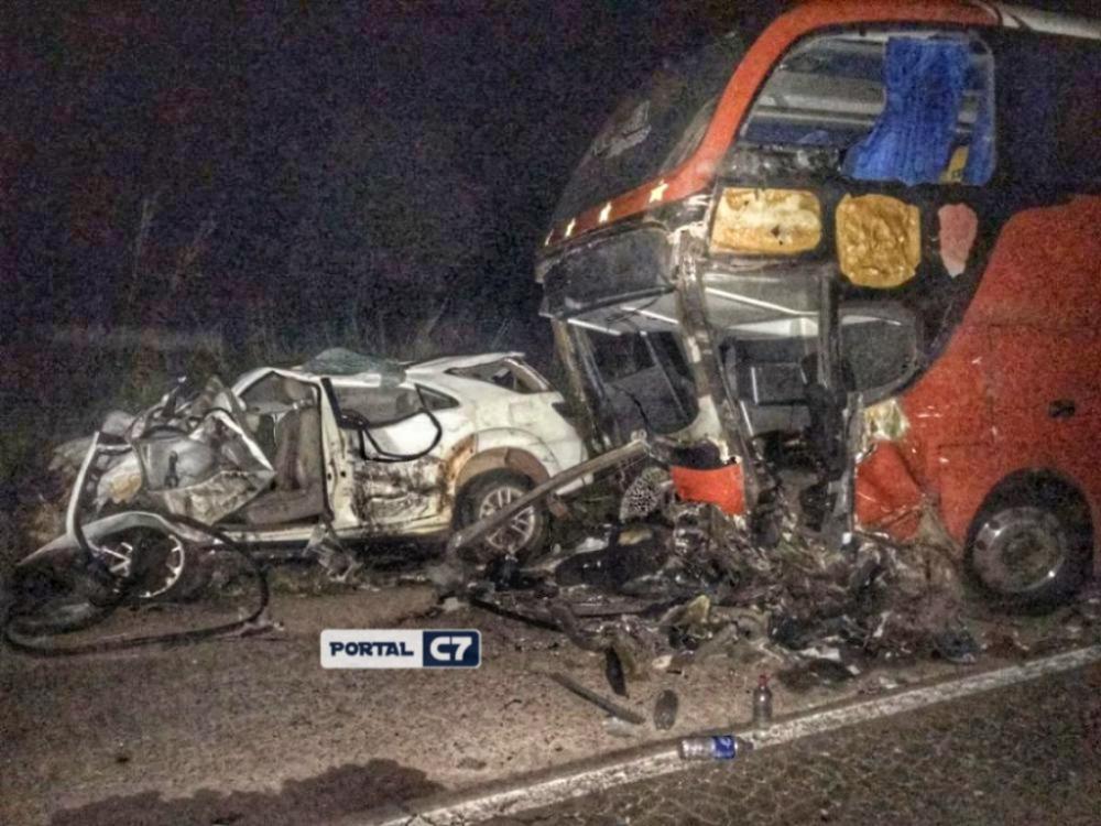 Jovem médico filho de prefeito morre em acidente na BR 316 do Maranhão